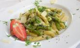 One-Pot-Pasta mit Spargel