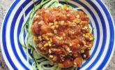 Zucchini-Spaghetti mit Lupinenbolognese