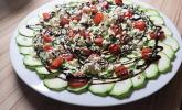 Zucchinicarpaccio mit Pesto