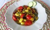 Gnocchi mit Zucchini und frischen Tomaten