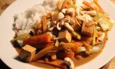 Tofu-Gemüse Pfanne mit Kokosmilch