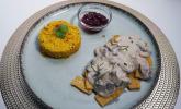 Hauptspeise: Tempeh Stroganoff mit Preiselbeeren an Reis
