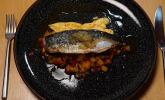 Hauptspeise: Makrele auf Ratatouille mit Parmesancreme und einem Rosmarin-Zitronen-Kompott