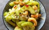 Rezept Thai Gurkensalat mit Erdnüssen und Chili