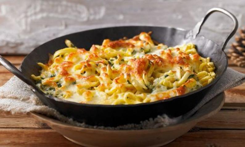 Käsespätzle mit goldgelber Käsekruste