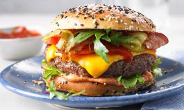 Burger auf dem Grill: Worauf es ankommt