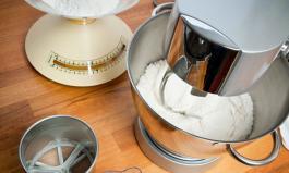 Mit einer Küchenmaschine Zeit, Platz und viel Arbeit sparen
