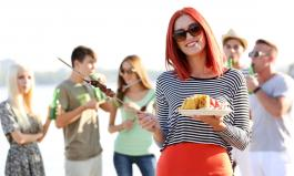 Von wegen Männersache: Frauen gehören auch an den Grill!