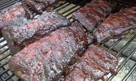 Rauchiges Fleisch vom Smoker Insider Tipps fuer BBQ-Fans