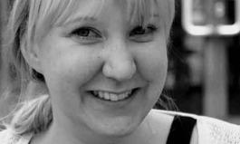 Anne Bartel ist tot, aber ihr Lachen bleibt ein Nachruf