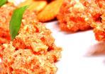 Schnell gemachter Tomaten-Dip mit Feta-Käse