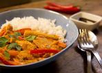 Thai-Curry mit Huhn und feiner Erdnussnote