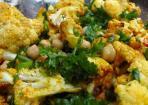 Gerösteter Blumenkohlsalat: Würzig, knusprig, gesund