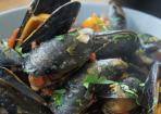 Muscheln in Tomatensoße