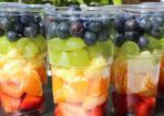 Gesunder Obstsalat zum Mitnehmen