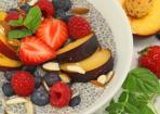 Chia-Pudding mit Vanille und Früchten