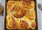 Hefeschnecken mit Aprikosen-Lavendel-Marmelade