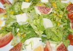 Vegetarischer Feigensalat mit Mozzarella