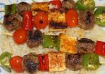 Grillspieß mit Gemüse und Rindlfeisch-Bällchen