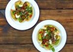 Rumpsteak-Salat im Tortilla-Schälchen