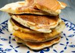 Pancakes mit Karamellfüllung