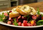 Rote-Bete-Salat mit Ziegenkäse-Crostini