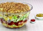 Hot Dog Salat für Party und Buffet