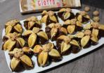 Jasmin-Blumen-Kekse mit Giotto und Nugat-Füllung