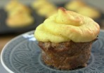 Hackfleischmuffins mit Kartoffelpüree-Haube